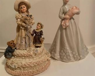 Boyds Music Box and Mother and Baby