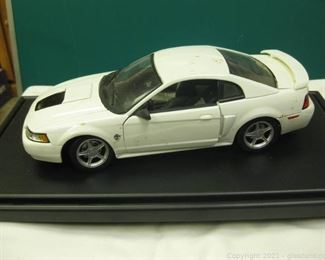 Die Cast Metal 1 18 Scale 1999 Mustang GT Hardtop