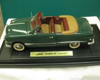 Die Cast Metal 1 18 Scale Mira Solido 1949 Ford Convertible