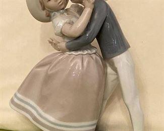 Lladro Porcelain Precocious Love Figurine