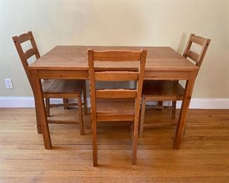 Wooden Breakfast Table with 3 chairs
