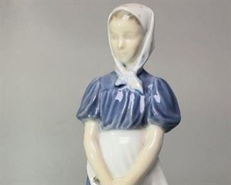 "B&G Royal Copenhagen Bing & Grondahl Figurine #527 ""Goose Girl"""