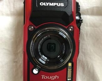 Olympus Tough TG-5 Red Camera $300 New In Box (Photo 3/4)