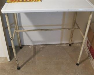 Vintage Enameled table