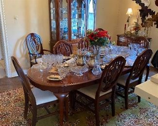 Dinning room suite with 8 chairs
