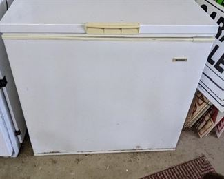 10.2 cubic freezer, used only a little