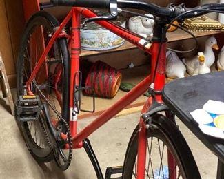 S E lager bike