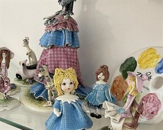 Handmade Italian pottery figurine lim edition, owner have original boxes