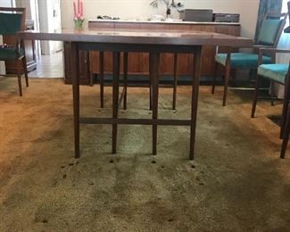 PAUL McCOBB (WALTER OF WABASH) WALNUT DINING TABLE 4 LEAVES