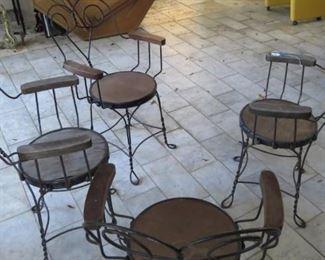 ice cream 4 chairs