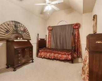 2713 Valley Ct Front Bedroom