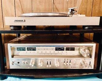 PIONEER PL-516 Turntable and SX-880 Stereo Receiver