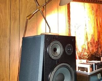 Pair of YAMAHA NS-A635A Bookshelf Speakers