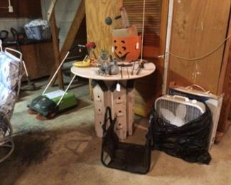 Unique birdhouse table!