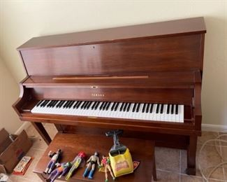 Nice Yamaha Piano made for U.S. Market - We are Offering FREE Deliver to Galveston Locals, first day of the sale.  (maybe second as well?)
