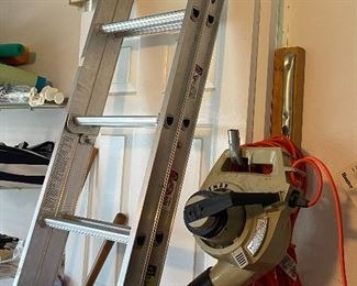 Ladder Werner aluminum 16 footer.  Looks new!! Come on guys marked it down. $50 bucks takes it.