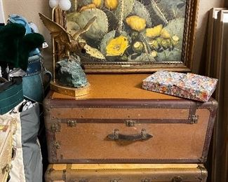 More fab vintage luggage.