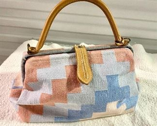 9.Purse by T. Cappelli from Dallas TX$30 NOW $20