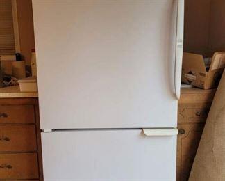 Amana Refrigerator with Bottom Freezer