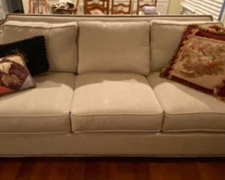 Beautiful 'like new' sofa