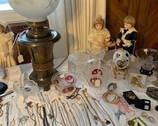 GWTW Lamp and nice costume jewelry