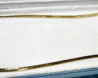 18kt Yellow Gold Serpentine Chain Necklace, marked 750, weighs approx 15.8 grams
