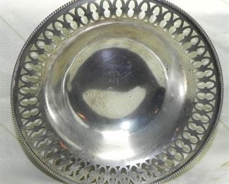 Sterling Silver #9613 Lattice Edge Bowl, Solid-Non Weighted, weighs approx 73.71 grams