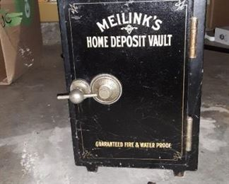 Vintage Meilink Home safe w/combination