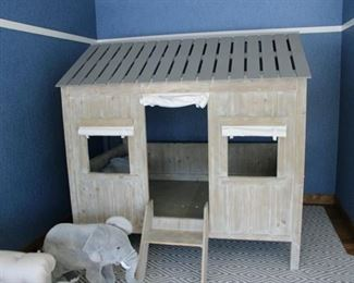 Youth log cabin full-size bed. Paid $3,200. Price: $1,200 REDUCED TO $300!!