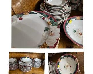 Complete set of magnolia dinnerware