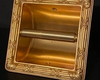 Sherle Wagner designed Ribbon & Reed gold plated mid century toilet paper holder which was made by Hall Mack .........To Register and To Bid go to   https://capitolsalesservices.hibid.com