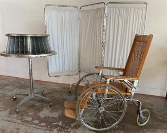 Vintage medical doctor's office items.   Click on the link to Capitol Sales Services Hibid page to register and to place bids on items as presented in the catalog.  https://capitolsalesservices.hibid.com