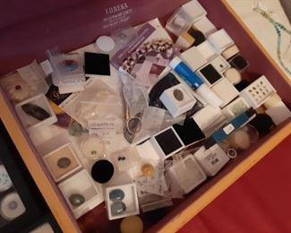 Collection of gems & semi- precious stones