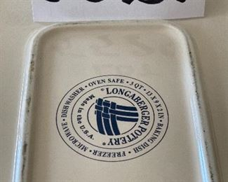 """Lot 5529.   $50.00  Longaberger 9"""" x 13"""" Large baking dish in the 'Woven Traditions' pattern."""