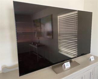 """Lot 5581.   Was $995.00 Today is $600.00 Firm. Sony 65"""" Android TV & Alexa, XBR-65X930E, w/ remote.  Model yr. 2017.  4K (3840 x 2160 Resolution); Inputs: 4 – HDMI, 2 - USB2.0, 1 – USB3.0, 1 – Component/Composite Hybrid, 1 – Composite, Voice Remote Control (RMF-TX200U), WiFi/Bluetooth, Works with Alexa, ChromeCast built-in Smart TV.  Measures 57"""" W x 36"""" H x 12"""" D Base. Orig Retail Cost $2,900.00"""