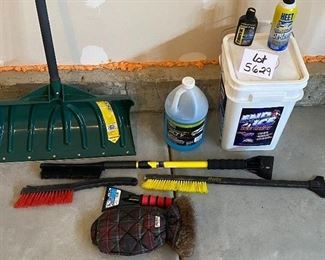 """Lot 5629  $24.00. """"Winter Special"""" includes Snow Shovel (pray we don't one for awhile); 2 Snow Brushes; Windshield Washer and De-Icer, Eddie Bauer Scraper Mit and Scraper; End Ice - Ice MeLT; HEET De-Icer, Rain Max Anti-fog Interior."""