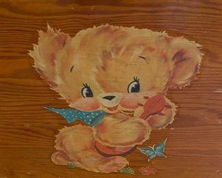 Lot 5684 $28.00 Vintage Wooden Toy Box w/ Soft Close