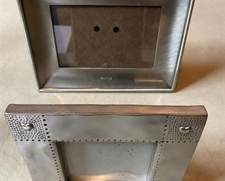 """Lot 5686 $28.00 Picture Frame Lot 2: 1) 4""""x 6"""" Photo Frame 2) 5""""x7"""" Photo Frame 3) 6""""x6"""" Photo Frame 4) 4"""" x 6""""  Photo Frame 5) 4"""" x 6"""" Black  Photo Frame"""