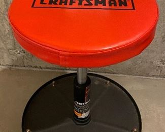 """Lot 5669  $25.00 Craftsman 19.5""""H x 16"""" W Seat Adjustable Mechanics Seat With Tray,  Excellent Condition"""