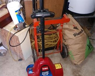 Basement/Garage   Electric Snow Shovel
