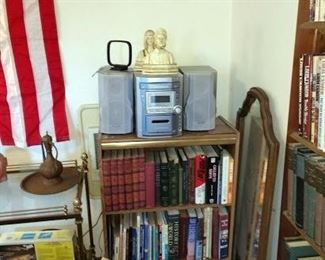 Living Room:  Stereo, Book Shelf, Books, Mirror