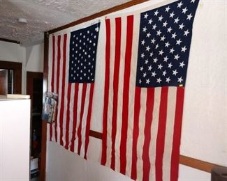 Kitchen Hallway:   50 Star Flag