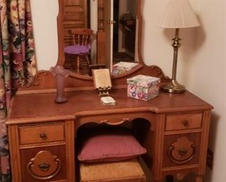 vintage dresser with mirror and stool