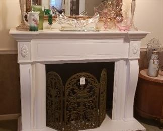 fireplace screen, mirror, lamps