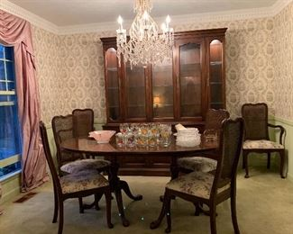 """Davis CABINET Oval Dinning Room Table with THREE Leaves (120"""" x 44"""") ; 6 Chairs; Lighted China Cabinet/Hutch"""
