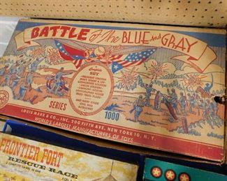 Marx Battle Blue & Gray Play Set