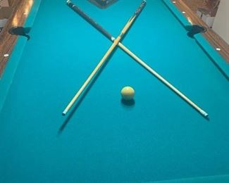 Redone Beautiful Pool Table like Brand New!