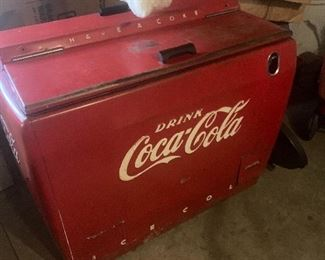 Cocoa Cola Cooler works Excellent!