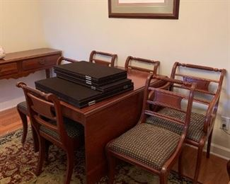 #14Willet Gateleg Table w/6 chairs & 1 leaf  w/1 captain Chair & 5 other chairs   25.5-61x44Wx30   (does have some scratches on top)  w/table pads $425.00
