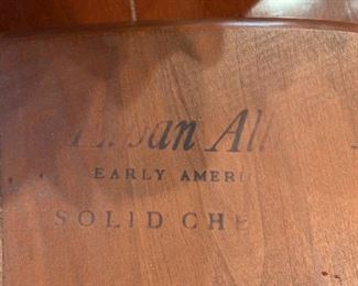 #20Ethan Allen Table w/4 chairs w/2 leaves  (solid Cherry) as is top 56-86x38x29 $175.00